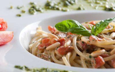 Spaghetti i tricolor sauce