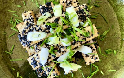 Tofu paneret i sesam