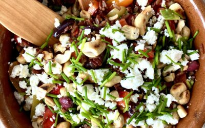 Græsk inspireret salat med røde ris