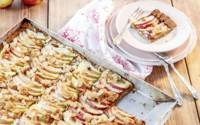 Æblekage med mandel- og kokosmel