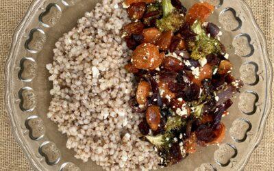 Sorghum bowl med grillede grøntsager